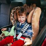 Как открыть автомобиль, если там случайно заперся ребенок?