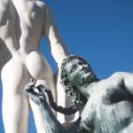 Кокаин, оливье и мужские трусы: чем измеряют доходы и благополучие землян