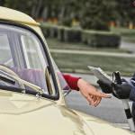 Инспекторам могут дать право изымать документы у водителей