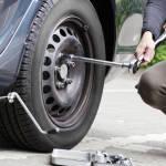 За смену колёс на обочине могут выписать штраф