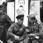 """Появилась бы """"бандеровская Украина"""" под контролем Германии» Зачем Сталин подружился сГитлером иустроил парад Красной армии свермахтом"""